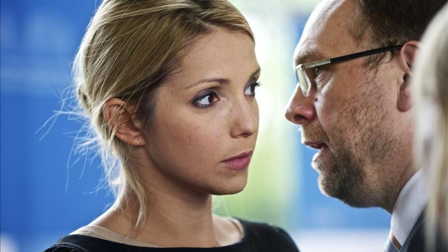 Timoshenko pide a sociedad ucraniana que defienda a su abogado de persecución