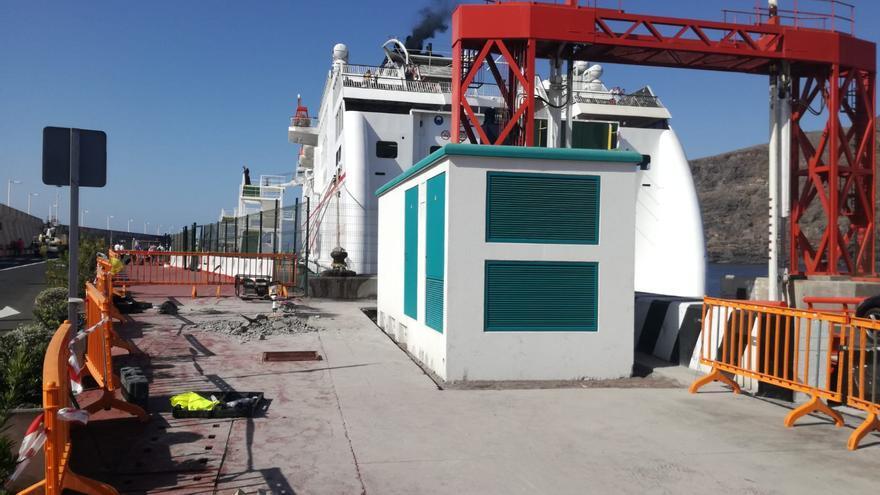 Imagen del inicio de las obras en el puerto estatal de La Gomera, en San Sebastián
