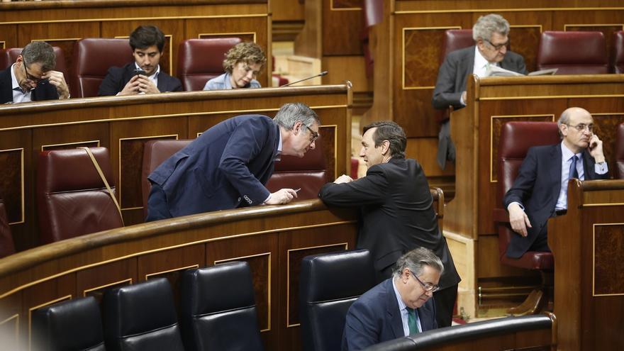 """El PP pide a Ciudadanos no caer en """"la trampa"""" del PSOE en Murcia e insiste en la presunción de inocencia de Sánchez"""