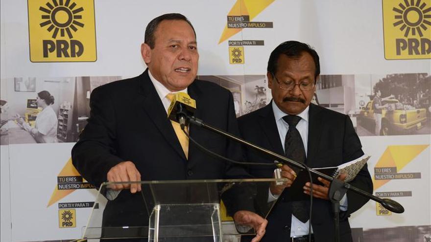 El Pacto por México vive horas difíciles por la salida del izquierdista PRD