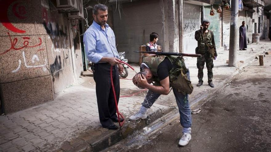 La dividida oposición siria tiene previsto decidir hoy si acude a Ginebra II