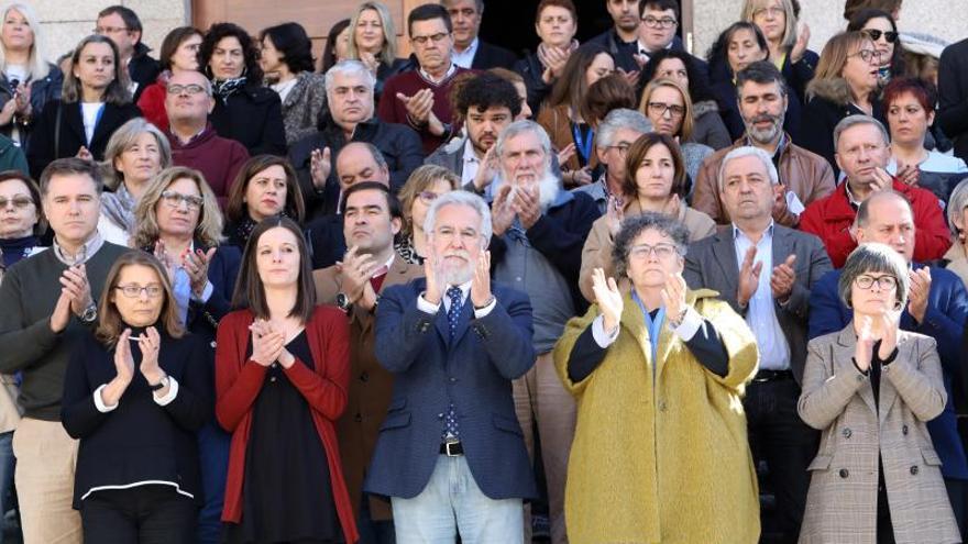 Emotivo adiós en Valga (Pontevedra) a la mujer asesinada por su marido