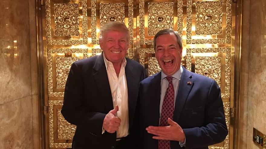 Donald Trump, presidente electo de EEUU, y Nigel Farage, eurodiputado de UKIP, tras la victoria del republicano en las elecciones del 8 de noviembre. | Foto: @Nigel_Farage