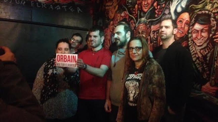 Algunos de los socios de Orbain en la presentación del colectivo en Vitoria.