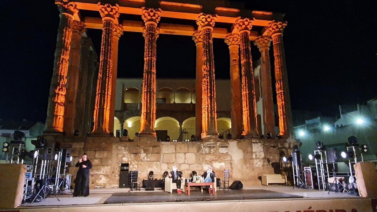 En la feria habrá actuaciones musicales nocturnas todos los días y presentaciones de libros para todos los públicos.