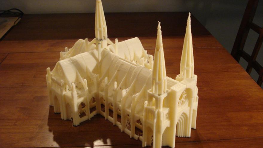 Desde objetos útiles hasta obras de arte como esta catedral gótica (Foto: Thingiverse)