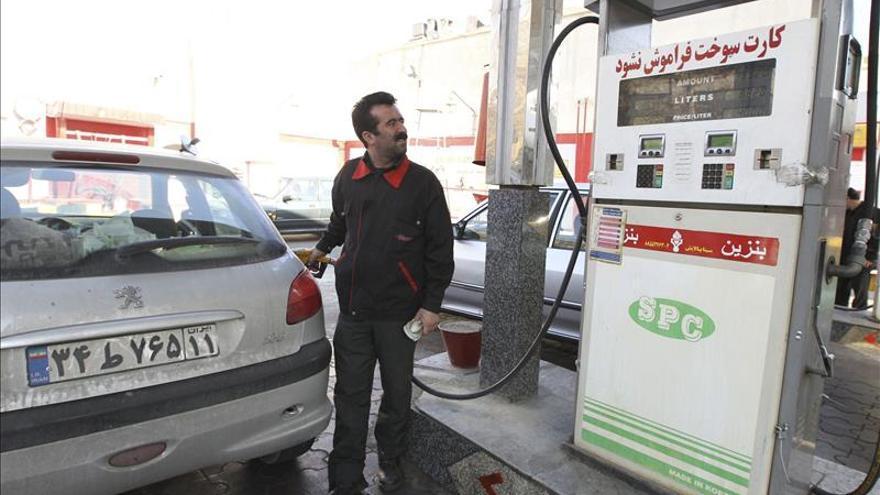 Irán elimina completamente los millonarios subsidios para la gasolina