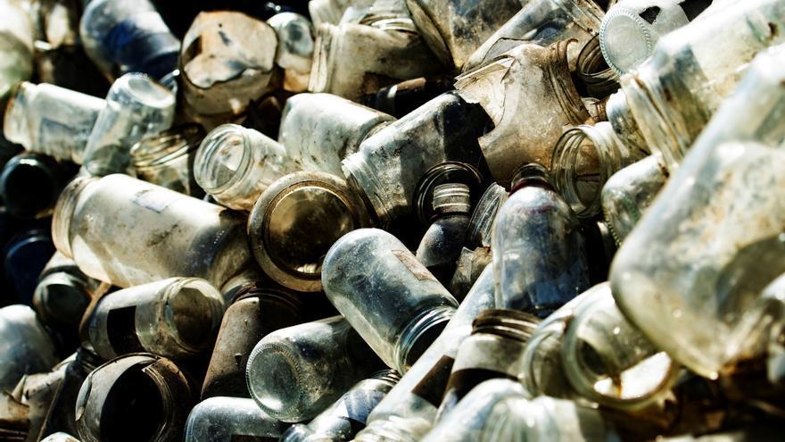 Europa acepta la denuncia de 16 entidades por la gestión española de los residuos
