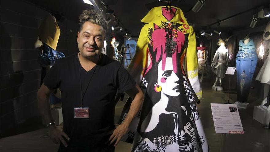 El Parlamentarium abre la puerta al arte y la moda en un mismo trozo de tela