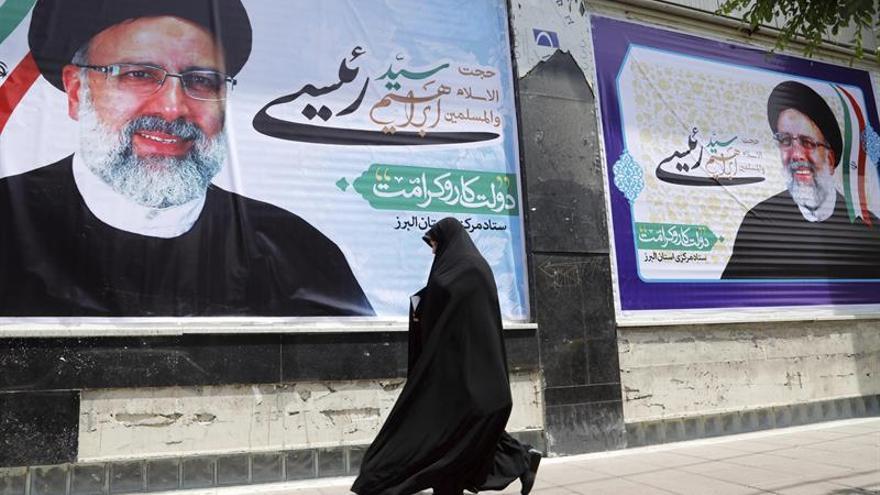 El duelo entre Rohaní y Qalibaf protagoniza el debate presidencial de Irán