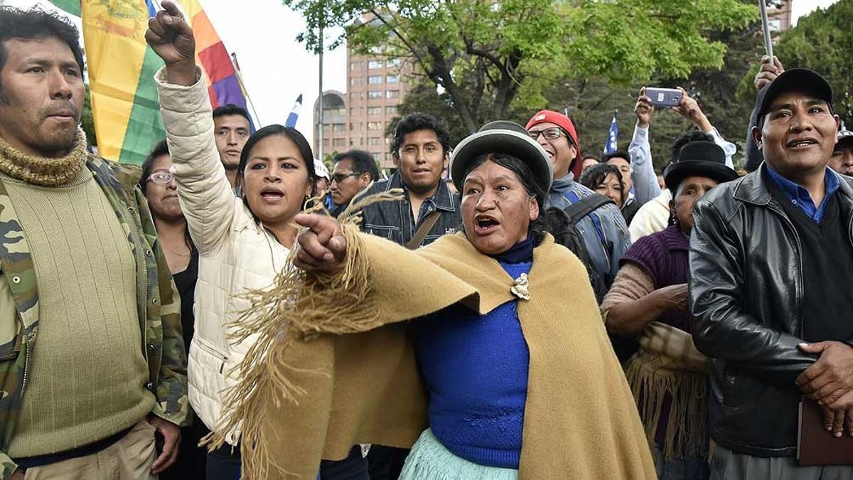 Investigan si Chile y Brasil colaboraron en las protestas que antecedieron al golpe de Estado en Bolivia