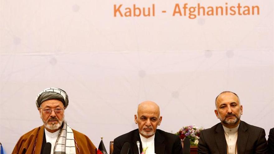 Afganistán propone diálogo a Pakistán tras críticas de Trump a Islamabad