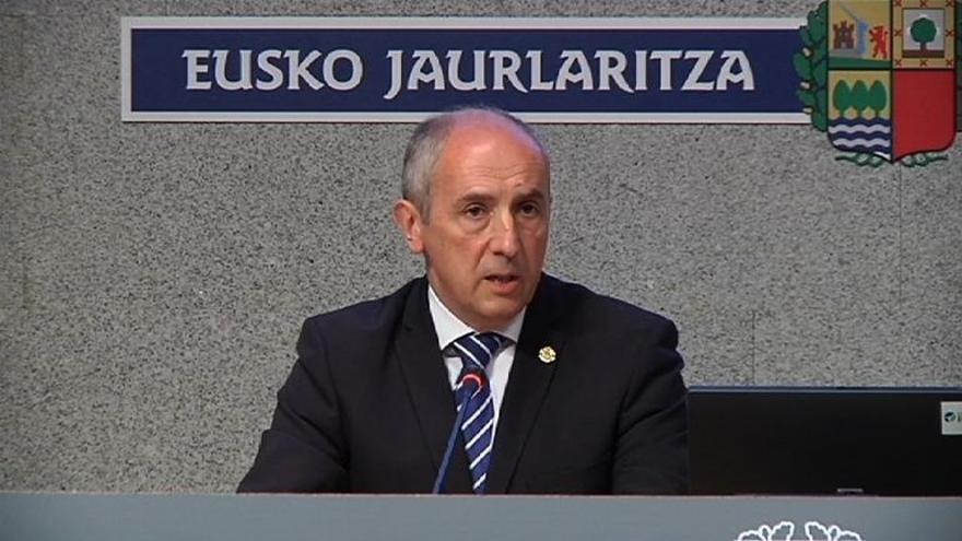 Erkoreka entiende que Ciudadanos plantea la supresión de las diputaciones provinciales y no de las forales