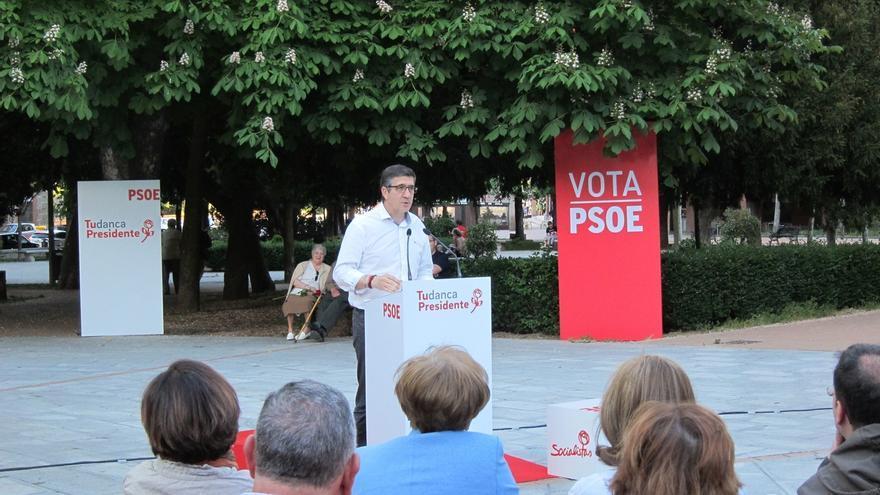 """Patxi López ve al PP está en una """"debacle"""" y un """"concurso de ideas"""" para ver si salva la cabeza"""