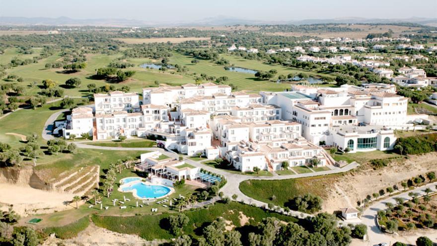 Vista aérea del hotel Fairplay Golf&Spa, en Benalup.