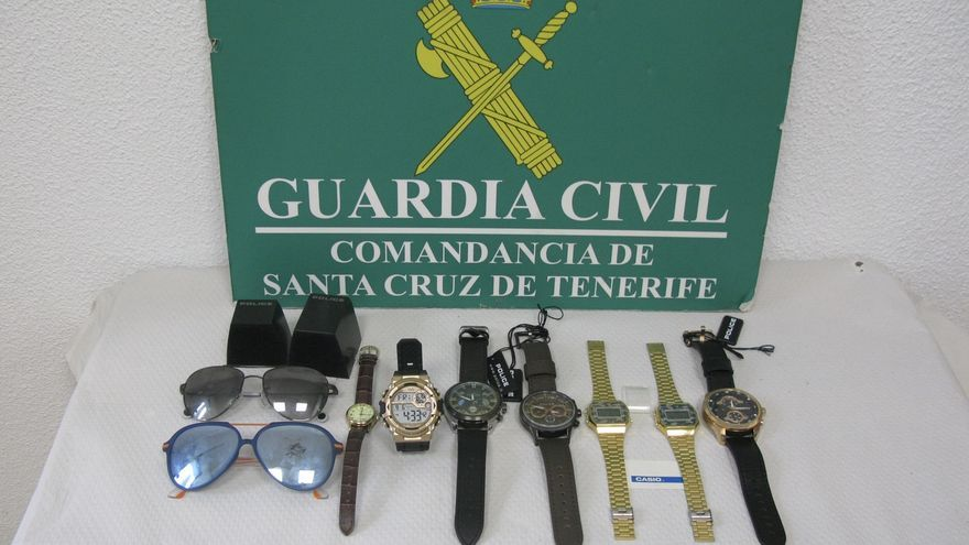Objetos recuperados por la Guardia Civil.