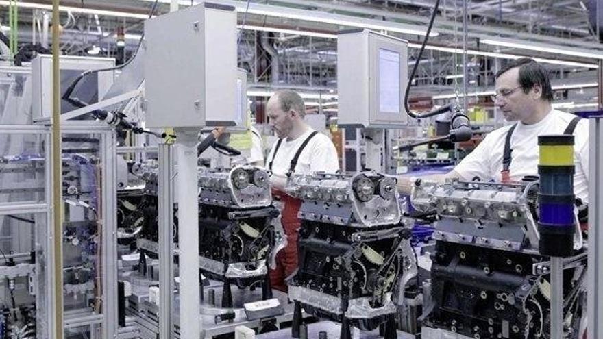 Los precios industriales bajan un 1,2% en Cantabria en febrero, menos que la media