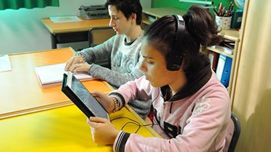 Alumnos ciegos que siguen un programa de la ONCE