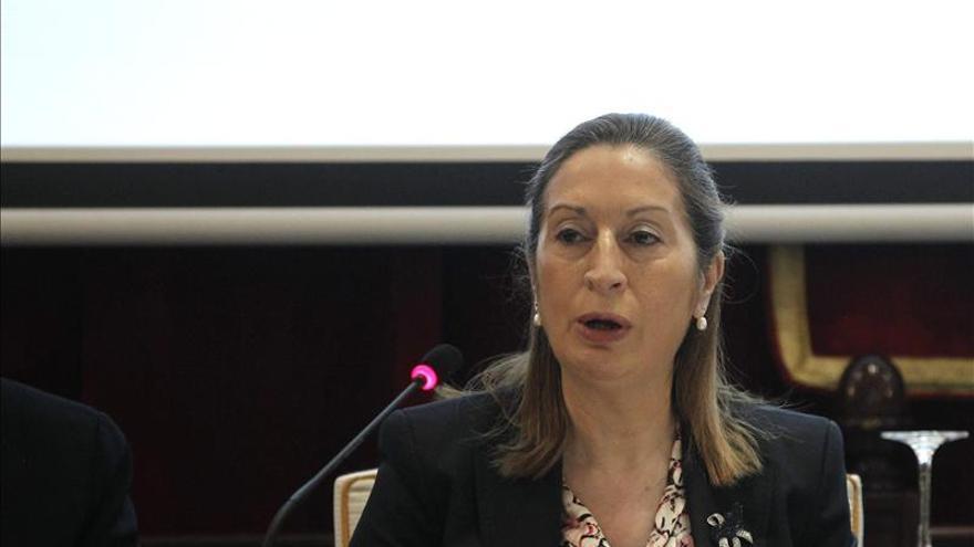 """Fomento bajará """"en pocos meses"""" las tasas en los puertos españoles"""