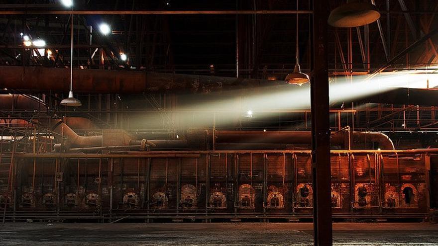 Internet de las cosas puede establecerse como una herramienta para la reconversión industrial