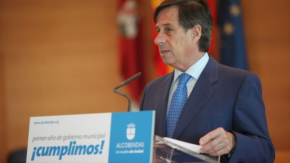 Ignacio García de Vinuesa, en un acto cuando era alcalde de Alcobendas.