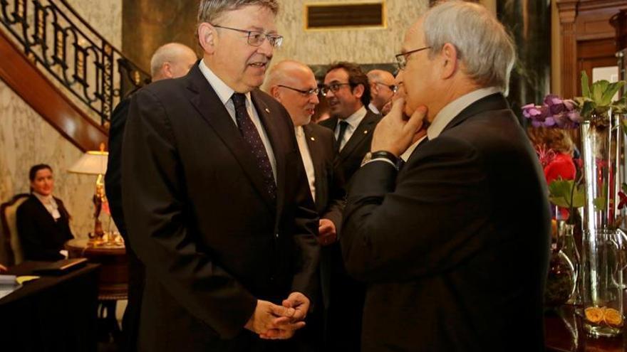 Puig avisa a Rajoy de que la Generalitat valenciana no va a recortar más