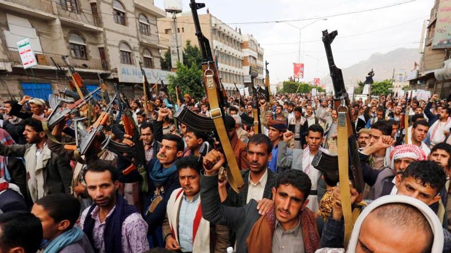Las fuerzas yemeníes irrumpen en el feudo de los hutíes en el noroeste del Yemen