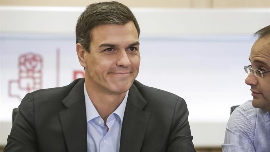 Sánchez comparecerá hoy tras cuatro horas y media de debate en la Ejecutiva