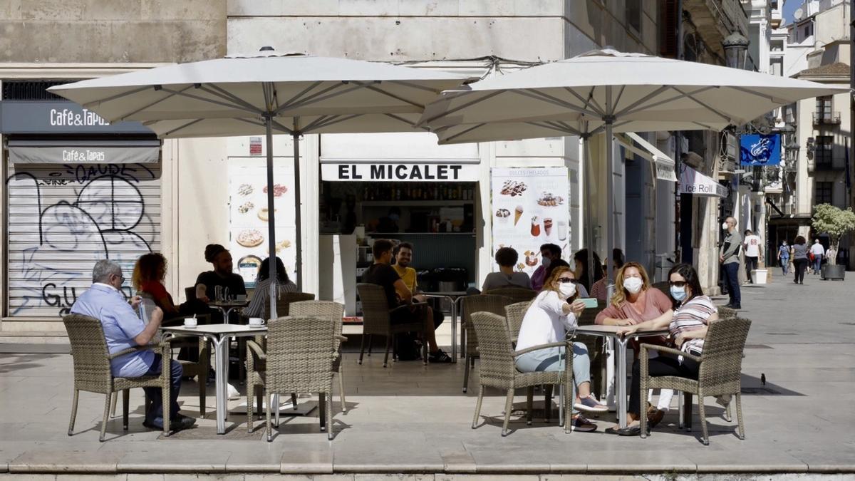 València es una de las ciudades que continuarán afectadas por las restricciones por la afección del virus.