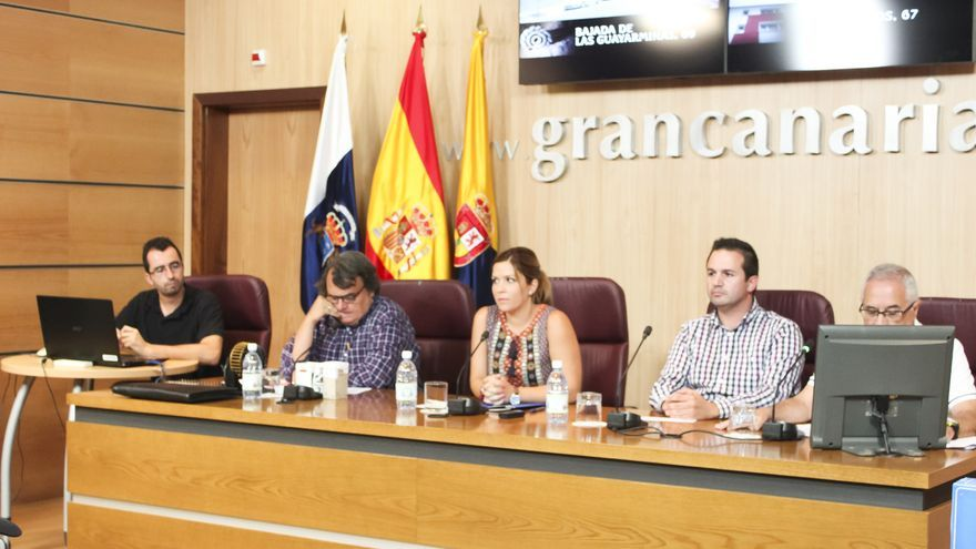 La consejera de Arquitectura y Vivienda del Cabido de Gran Canaria, Ylenia Pulido, presidió el sorteo que llevó a cabo el Consorcio Insular de Vivienda para adjudicar 10 viviendas en el municipio de Gáldar. (ACFI PRESS)