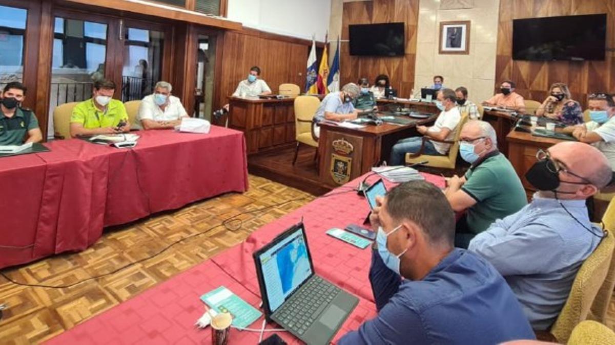 El Cabildo de La Palma y los ayuntamientos afectados por el enjambre sísmico definen sus planes de evacuación