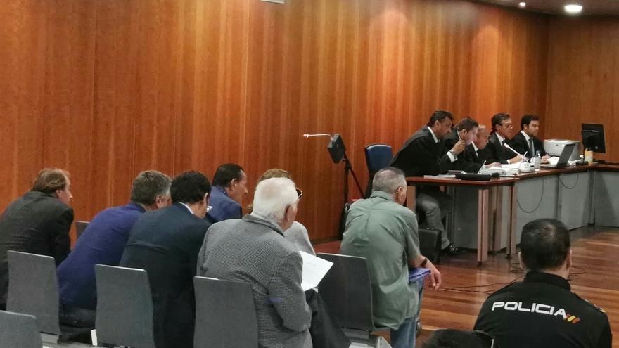 Suspenden el juicio a Julián Muñoz sobre venta irregular de terrenos para ver si es cosa juzgada