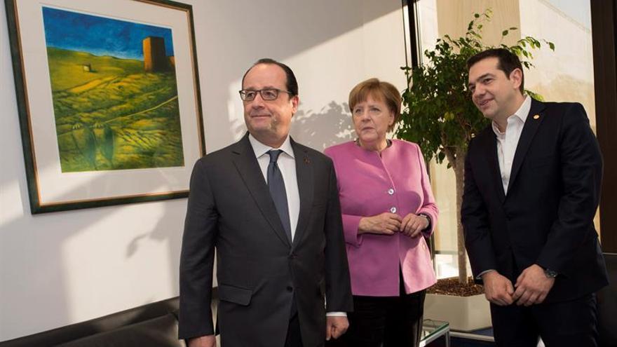 Hollande dice que aún es necesario más trabajo para un acuerdo sobre el R. Unido