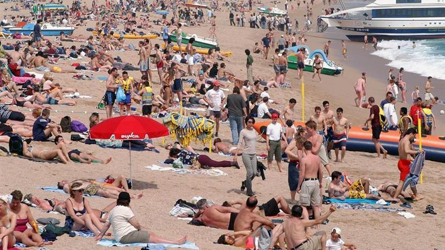 Lloret de Mar ofrece internet sin cables gratuito e ilimitado en la playa