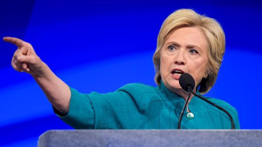 Clinton visita Florida y se prevé anuncio de su candidato a vicepresidente