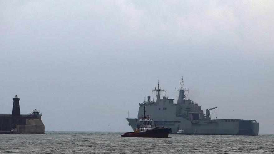 El buque de la Armada zarpa de Melilla hacia Ceuta para dar apoyo sanitario