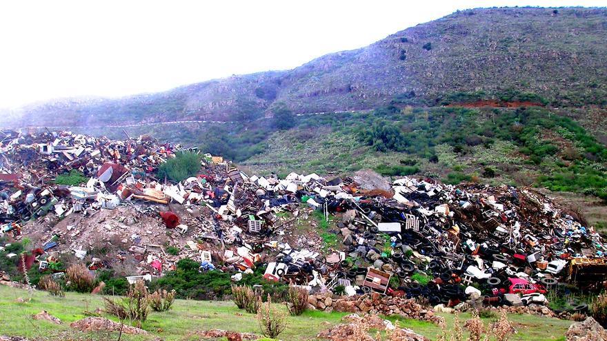 Vertedero incontrolado en la zona de Honduras-El Majano