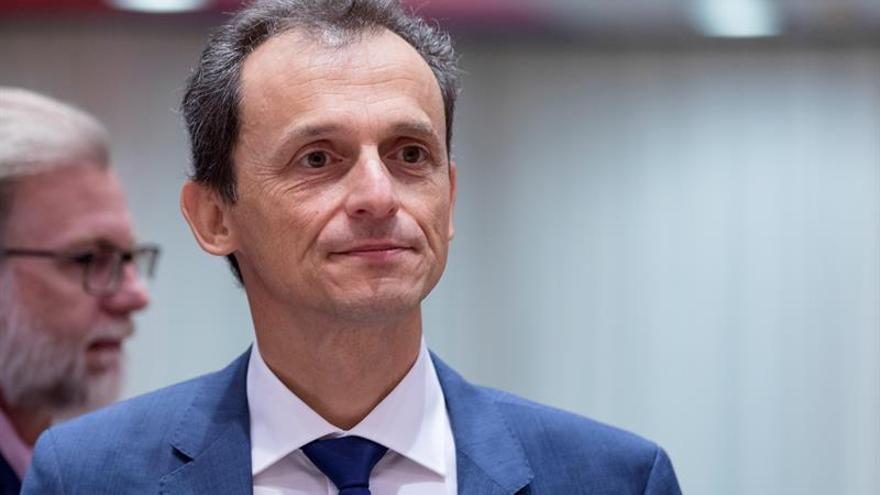 """Pedro Duque dice que """"subsanará"""" posibles """"errores"""" y no se plantea dimitir"""