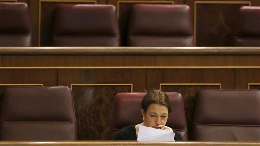 Soraya Rodríguez replica a Aznar que el tema catalán se soluciona con diálogo