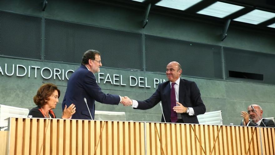 """Rajoy pide """"acabar con el ruido"""" y el bloqueo para centrarse en lo que importa, sin menciones a Barberá o Soria"""