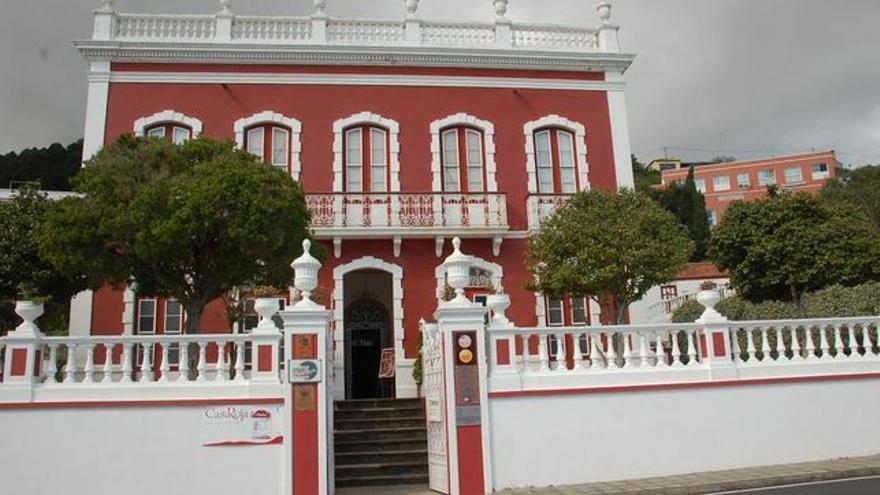 Casa Roja Villa de Mazo.