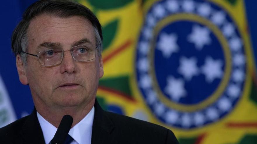 """Bolsonaro critica los datos sobre deforestación y director lo llama de """"cobarde"""""""