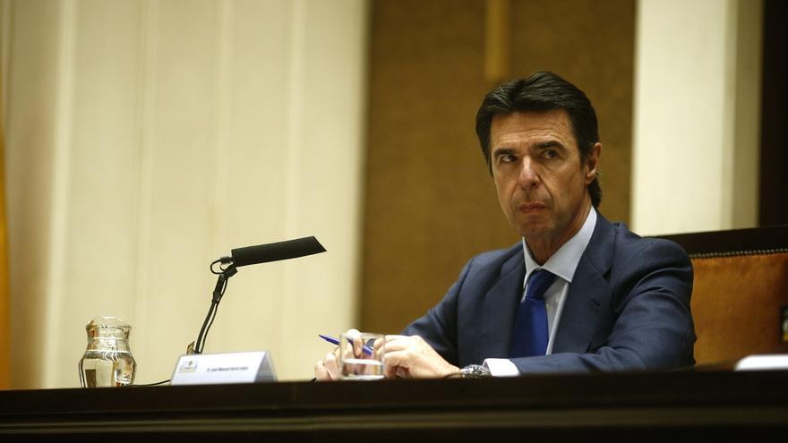 Soria dice que siempre ha apostado por fomentar las energías renovables, sobre todo en Canarias