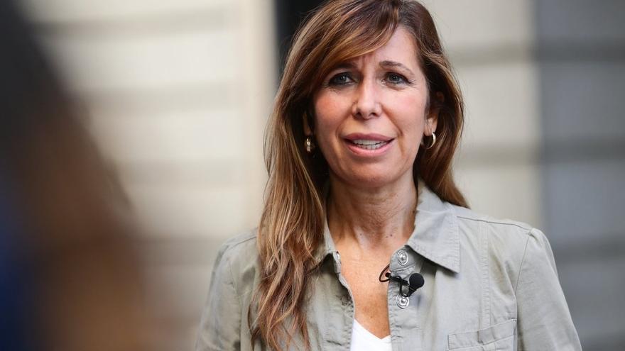 """Sánchez-Camacho (PP) juzga """"absurda"""" la Presidencia simbólica para Puigdemont: """"Ya está bien de crear inventos"""""""