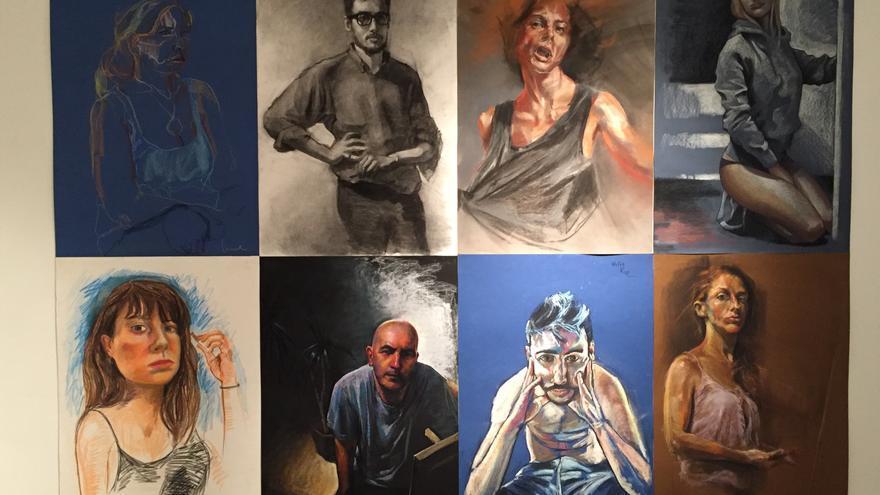 Ocho de los retratos expuestos en Las Naves