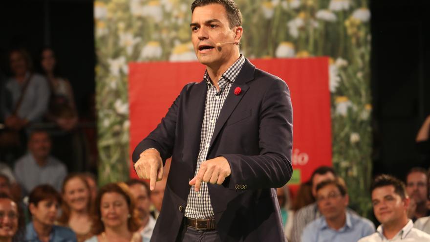 El candidato del PSOE al Gobierno, Pedro Sánchez, en Las Palmas de Gran Canaria.