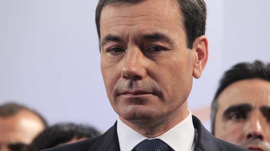 Gómez renuncia a cualquier aspiración en Madrid, mantiene sus cargos en la Federal y reclama primarias