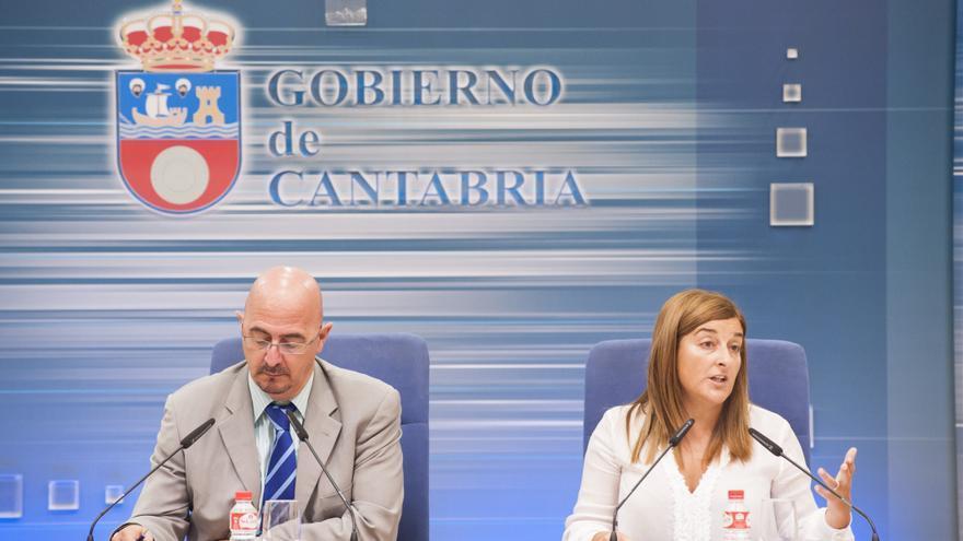 Cesar Pascual y María José Sáenz de Buruaga en una foto de archivo. | VÍCTOR VÉLEZ