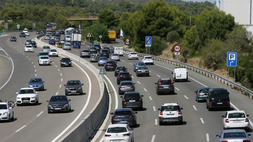Los peajes de las autopistas de titularidad estatal suben en torno al 1,67 %