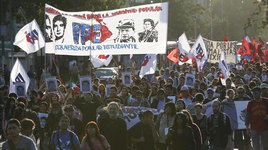 Profesores protestan en Chile pese al acuerdo del gremio con el Gobierno